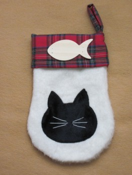 "Santa ""Claws"" Stocking Pattern"