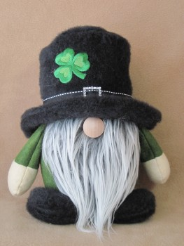 Shamrock Gnome Pattern